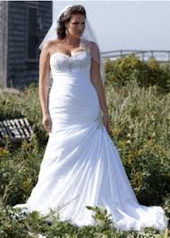 wedding dresses for curvy brides how to the wedding dress for a curvy