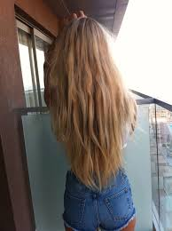 straight hair with outfits adorable clothes curled hair cute everyday fashion hair