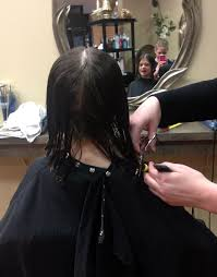 pictures of salon hairstyles for 8 yr old girl 8 year old avery saba makes the kindest cut pantene beautiful