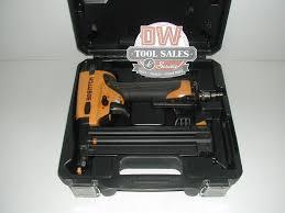 Bosch Roofing Nail Gun by Bostitch 18 Gauge Brad Nailer Nail Gun W Case Used Bt1855k Dw