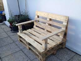 comment fabriquer un canapé comment fabriquer un salon de jardin avec des palettes 2017 avec