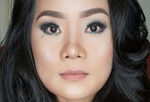 pro makeup artist ira makeup artist wedding hair makeup in jakarta bridestory