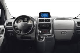 peugeot partner interior peugeot expert fotos interior peugeot expert minibus van minivan