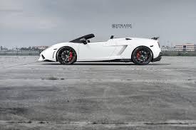 Lamborghini Gallardo White - lamborghini gallardo lp 570 4 spyder performante puts on