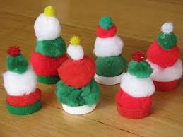 pompom christmas tree craft for kids learning 4 kids