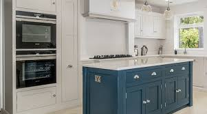 should i spray paint kitchen cabinets can you spray paint kitchens spray painting contractors