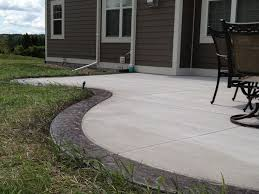Concrete Backyard Patio by Best 25 Stained Concrete Ideas On Pinterest Outdoor Patio