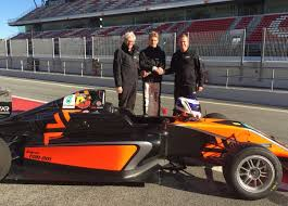 formula 4 car var louis gachot to race for var for his second season in adac