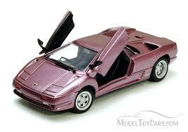 lamborghini diecast model cars lamborghini diablo purple motormax 73201 1 24 scale diecast