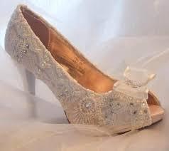 wedding shoes kl 20 best jenis wedding images on bridal bouquets