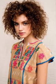 short layered haircuts for naturally curly hair 50 best haare images on pinterest hairstyles short curly hair
