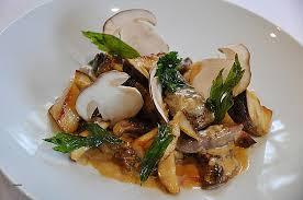 cuisiner les bolets comment cuisiner du chevreuil l émincé de chevreuil minute