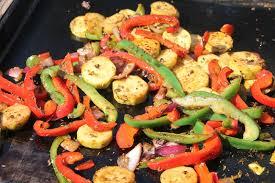 cuisiner avec la plancha légumes marinés à la plancha la cuisine et les voyages de pripri