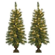 the holiday aisle 3 5 u0027 green artificial christmas tree with 35