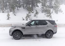 black land rover discovery 2017 2017 land rover discovery the new king of the suv hill 95 octane
