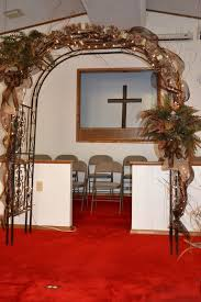Wedding Arches Decorated With Burlap The 25 Best Rustic Wedding Archway Ideas On Pinterest Rustic