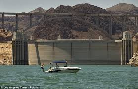 Bathtub Ring Hoover Dam U0027bathtub Ring U0027 Shows Level Of Lake Mead Dropping Amid