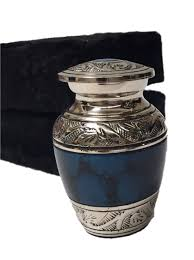 small cremation urns keepsake cremation urns funeral tokens memorial