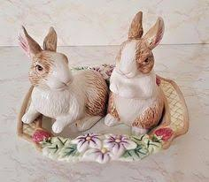 fitz and floyd classics salt and pepper shakers woodlands