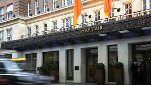 hotels london launches mobile check in desk
