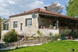 small house in small vintage provence house design