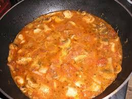 comment cuisiner blanc de poulet blancs de poulet aux lardons et a la tomate a la kalinka nourrir