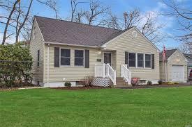 A Place Ny 161 Harrison Ave Miller Place Ny 11764 Realtor