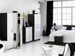 Black And White Room Decor Bedroom Chic And Creative Black White Furniture Charming Design