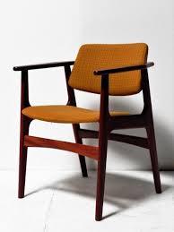 bureau teck massif chaise de bureau scandinave en teck massif en vente sur pamono