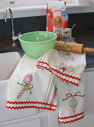 embroidery pattern merry merry dish towels