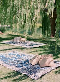 Outdoors Rugs by Elegant Picnic Wedding With A Fresh Color Palette Picnics