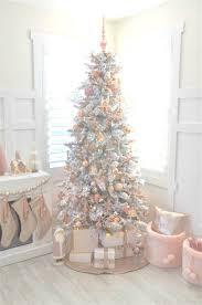 pale pink decorations
