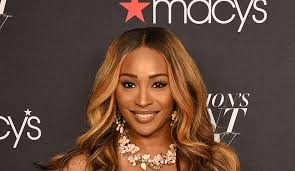 hair styles by cynthia bailey on rhwoa cynthia bailey posts happy photo of herself and peter thomas in
