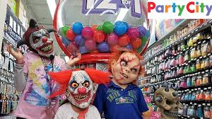 party city halloween costumes for best friends shopping for halloween costumes family fun youtube