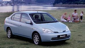hybrid cars car style critic first generation honda and toyota hybrid cars
