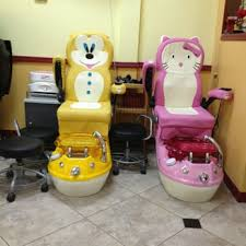 Nail Salon With Kid Chairs Wendy U0027s Nails Nail Salons 8429 Tuttle Ave Sarasota Fl