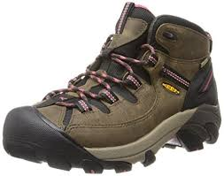 womens hiking boots top 20 best s hiking boots 2017 boot bomb