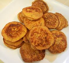 halloween pancakes theworldaccordingtoeggface fall breakfast pumpkin protein pancakes