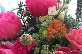 corporate flowers by la belle floral designs based in berkshire