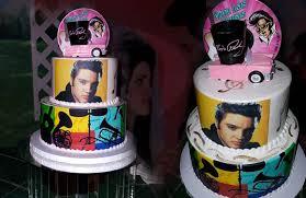 elvis cake topper las vegas elvis weddings elvis theme wedding packages