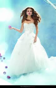 wedding dresses 2011 collection wedding dress alfred angelo 207 snow white disney fairy tale 2011