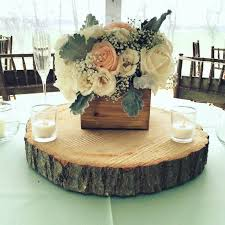 Wood Box Centerpiece by 17 Best Images About Wooden Boxes On Pinterest White Flowers