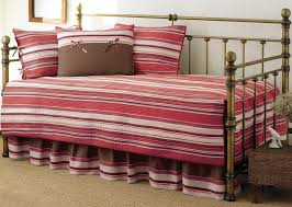 Design For Daybed Comforter Ideas Design For Daybed Comforter Ideas Photo With Astounding Bedding