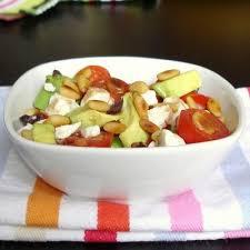 jeux de cuisine salade recette salade tout en saveurs et jeux de textures avocats feta