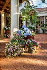Potted Plant Ideas For Patio by Plant Pot Ideas For The Patio Patio Mediterranean With Brick Patio
