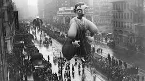history of macy s thanksgiving day parade balloons