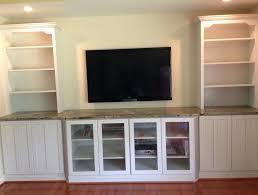 Built In Bookshelves Around Tv by Built In Bookshelves Around Fireplace Plans Home Design Ideas
