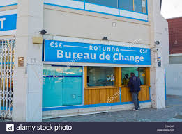 bureau de change exchange at the border gibraltar europe