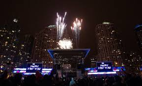 new year s celebrations live ringing in the new year at celebration square mississauga