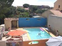 chambre d hote herault avec piscine villa roquette gîtes et chambres d hôtes avec à montblanc